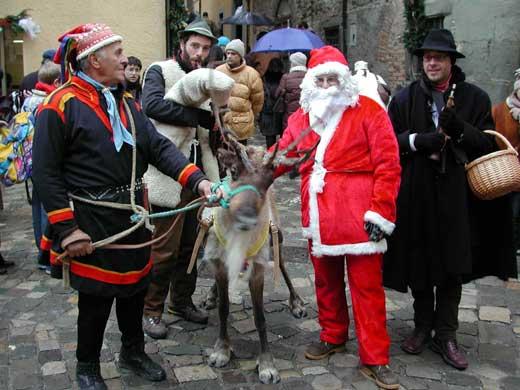 Immagini Babbo Natale - Babbo Natale con asinello